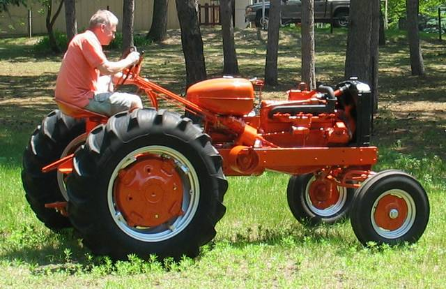 Allis Chalmers Wd45 : Tom s allis chalmers wd diesel final assembly